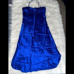 Vtg Victoria's Secret 100% silk slip dress